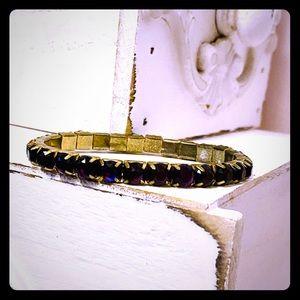 Bracelet Vintage Gold tone stretch.
